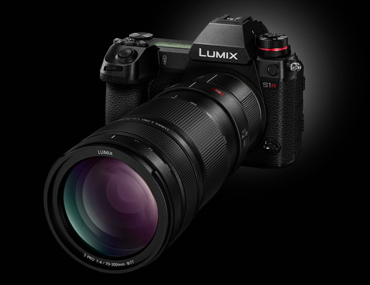 Lumix S1 with 70 200mm lens and STC20 Teleconverter.jpeg