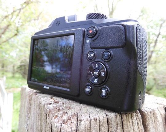 Nikon-b600-buttons-bac.jpg