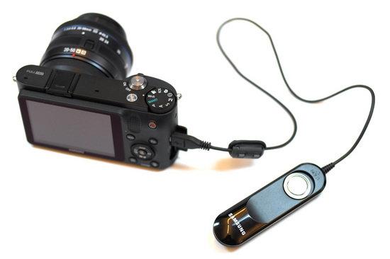 Remote Trigger w NX1000.jpg
