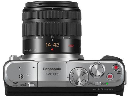 Panasonic_LUMIX_GF6_top_14-42lens.jpg