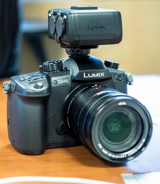 Panasonic_LUMIX_DMC-GH5_productshots-5.jpg