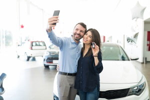 What Is the Difference Between Direct and Dealership Financing?