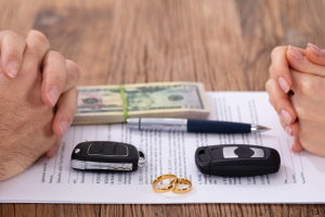 How to Get My Name Off an Auto Loan After Divorce
