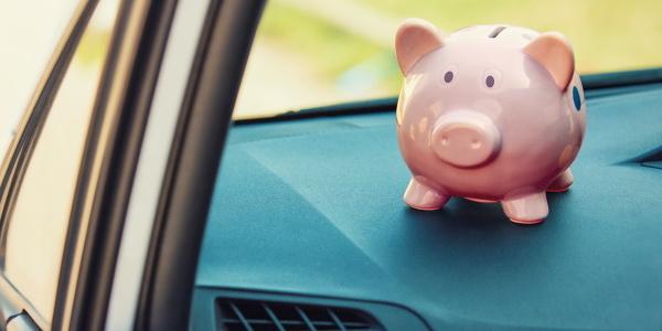 Do I Qualify to Refinance My Car Loan?