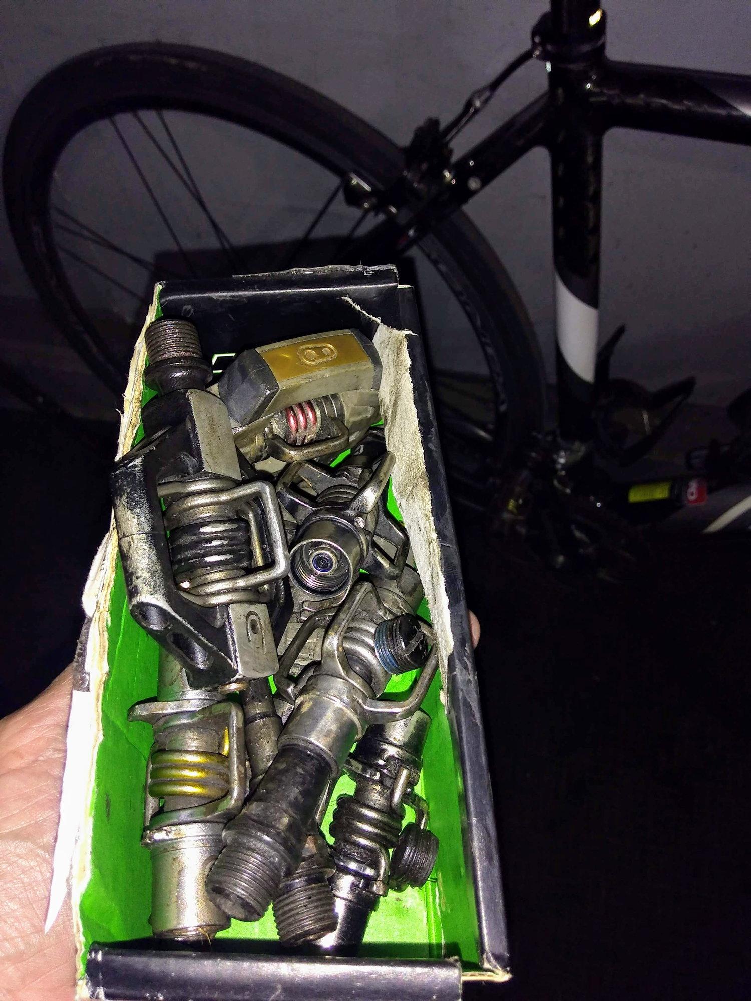 Crank Brothers Eggbeater Pedal Rebuild Kit for Original 02 Brand New