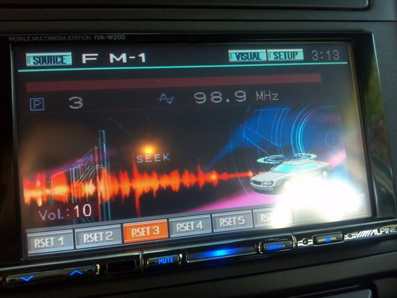 IL Alpine s iva W200 double din with XM radio Bluetooth