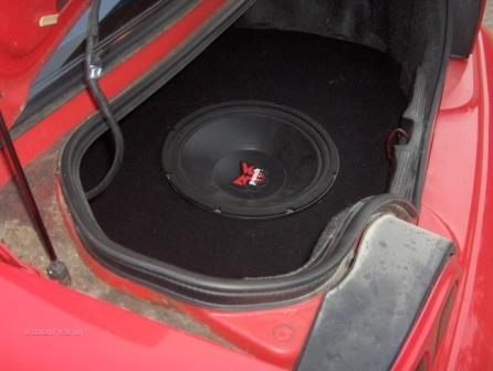 "flush mounted 15"" sub in spare tire well"