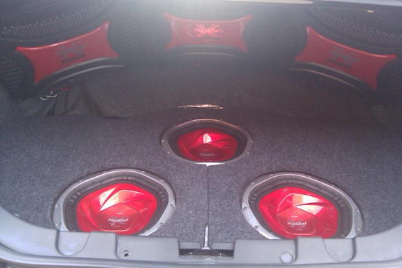 Trunk w/subs & amps