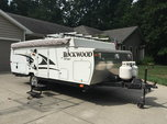 25 Ft Rockwood hw257 pop up camper  for sale $1,400