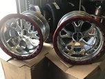 Champion single headlock wheels  for sale $1,100