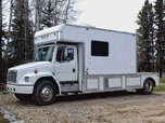 Freightliner United Specialties toterhome   for sale $29,900