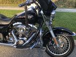 2010 Harley Davidson Road King low miles 3900.  for sale $11,500