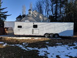 2019 42' Car Hauler with living quarters  for sale $41,000