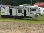 2021 Forest river Arctic Wolf 3990 suite  for sale $60,000