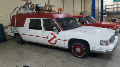 1986 Cadillac Ghostbusters car. 2016 movie.