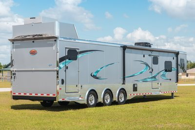 2020 Sundowner 44' Toy Hauler - B2586SGM  for Sale $79,900