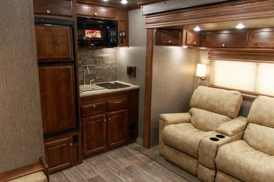 2020 Sundowner 44' Toy Hauler - B2586SGM  for Sale $87,900