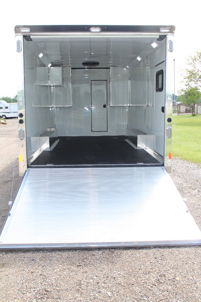 2021 Sundowner 2286GM with 20' Garage