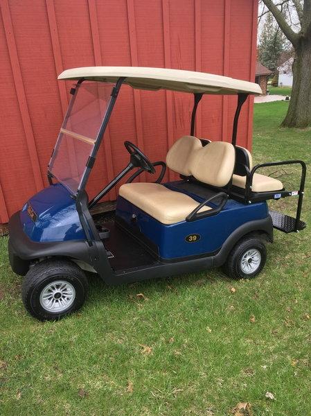 2016 Club Car Gas Golf Cart  for Sale $4,495