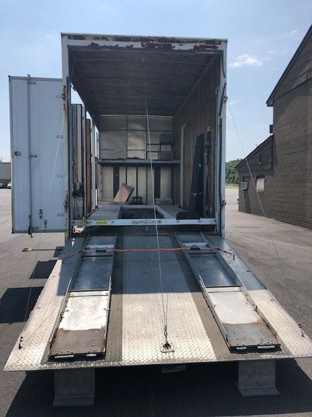 2 Car Carrier w Lounge  for Sale $19,950