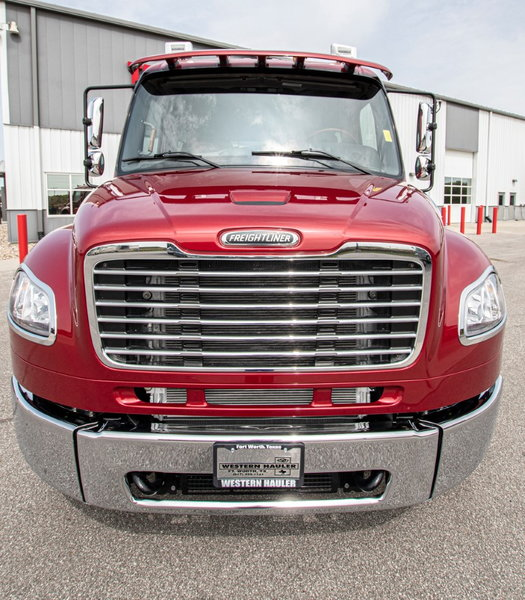 2021 Freightliner M2 106  for Sale $165,990