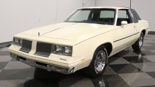 1983 Oldsmobile Cutlass Supreme  for Sale $15,995