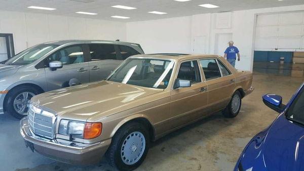 1987 MERCEDES-BENZ 300SDL