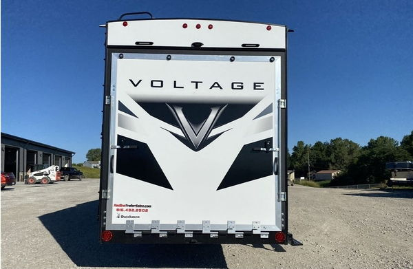 2021 Keystone Keystone RV Voltage 3571 *fifth wheel*