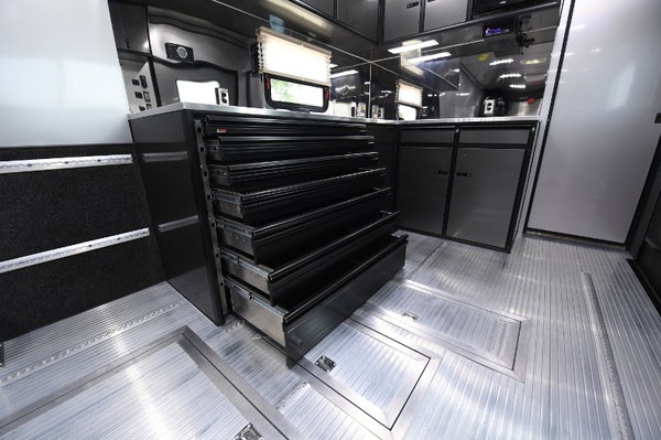 34' InTech Trailer With Complete Bathroom