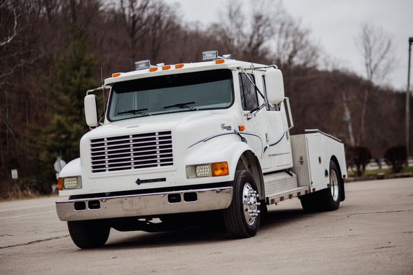 INTERNATIONAL 4400 - BIG DT530 MOTOR  for Sale $43,500