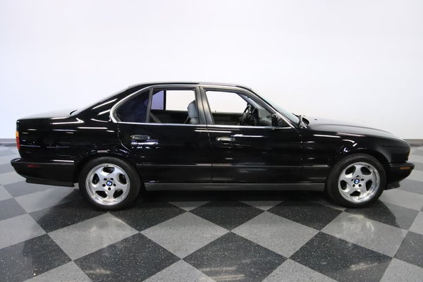 1991 BMW M5  for Sale $29,995