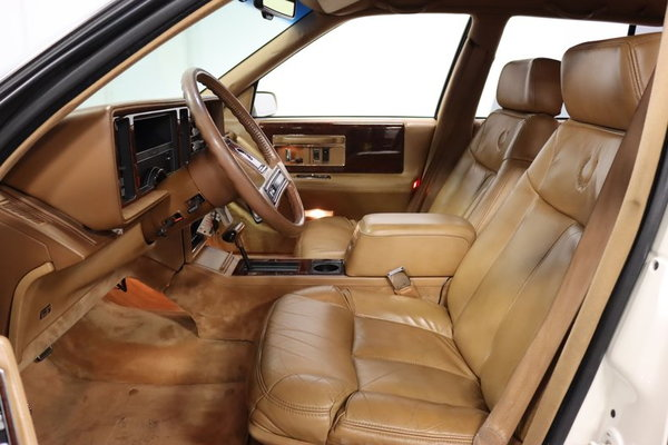 1989 Cadillac Seville STS  for Sale $9,995