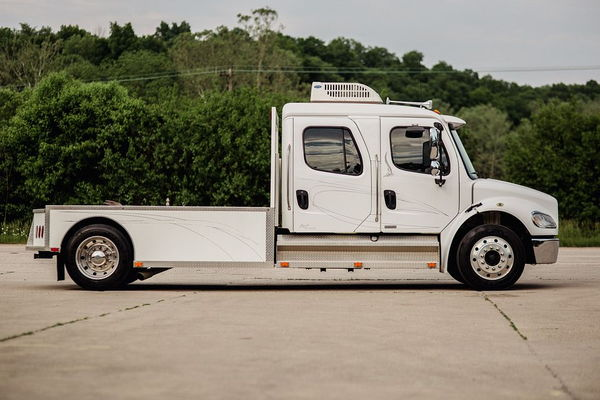 2007 FREIGHTLINER M2-106    MOUNTAIN MASTER  for Sale $72,500