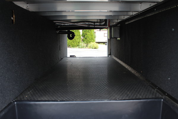 35' 5th Wheel TRITON TOY HAULER 2 Slides, Sleeps 7/ Offers