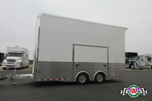 NEW 2019 Sundowner 20' Stacker Race Trailer