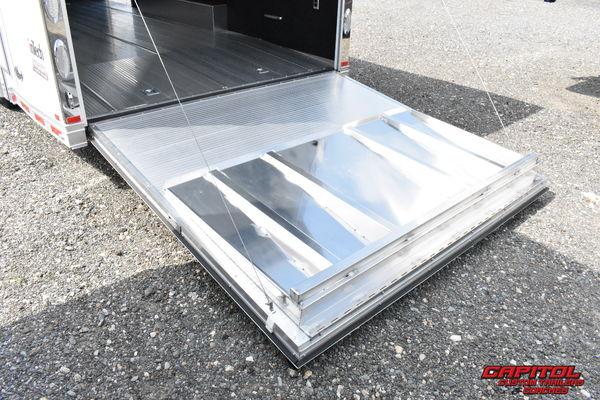 2021 inTech 24' ALUMINUM WITH FULL ACCESS DOOR
