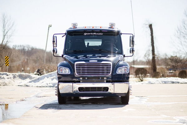 2015 FREIGHTLINER SPORTCHASSIS CUMMINS  for Sale $112,500