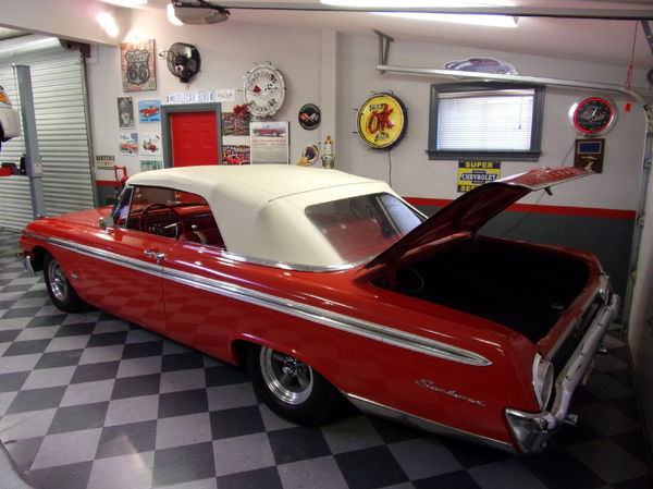 1962 Ford Sunliner Convertible