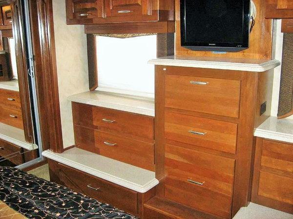 2008 42ft Monaco Camelot  KFQ  for Sale $134,999