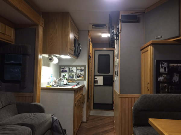 Freightliner Columbia toter home  for Sale $97,500