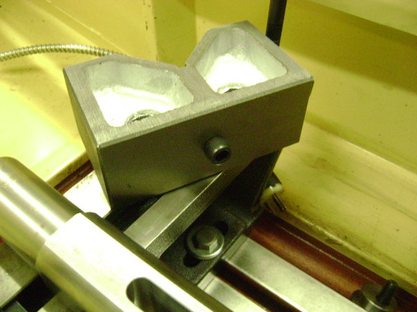 Cylinder head holding and leveling fixture for head resurfac  for Sale $1,200