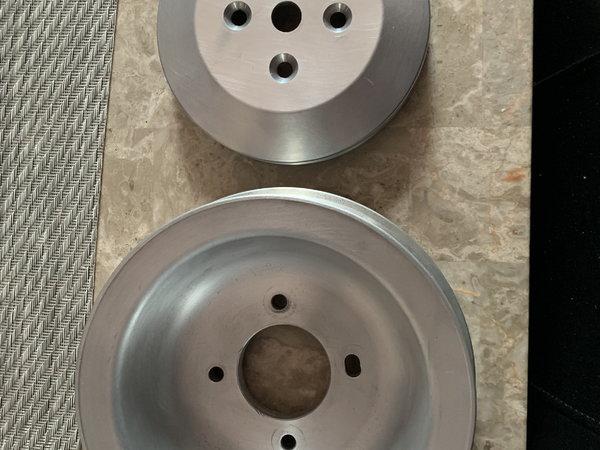 500 Cadillac aluminum crank pulley set  for Sale $285