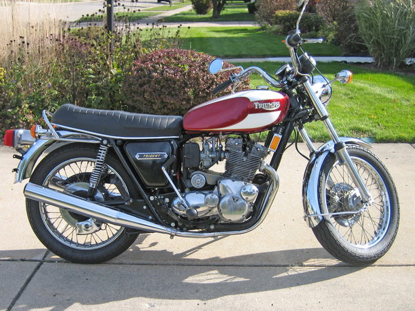1975 Triumph Trident T160v electric start.  for Sale $7,000