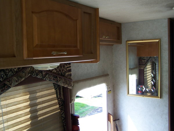 1999 37' DAMON ULTRASPORT 3670 Motorhome  for Sale $28,990