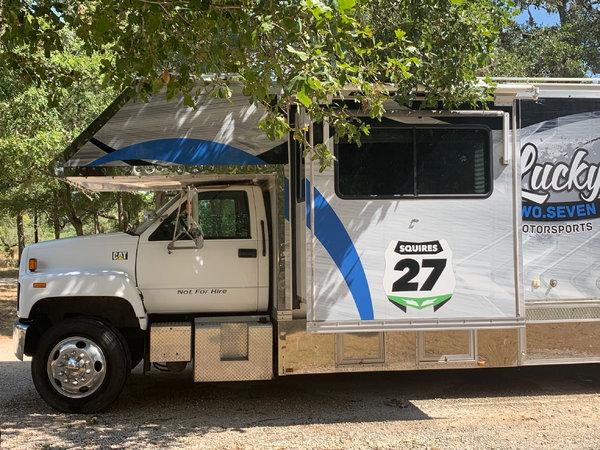 2000 Rengade 1816 Motorhome w/Garage 43 FT LONG  for Sale $45,000