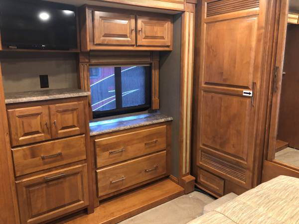 018 Tiffin Motorhome Allegro RED2  for Sale $199,500