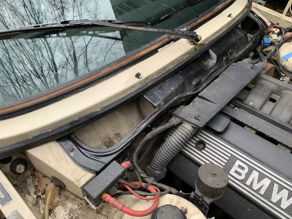 1983 BMW 320i  for Sale $4,000