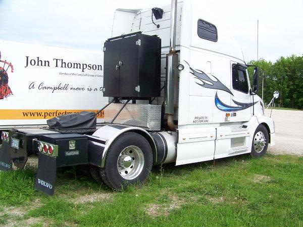 VOLVO MOTORHOME/RVHAULER  for Sale $48,000
