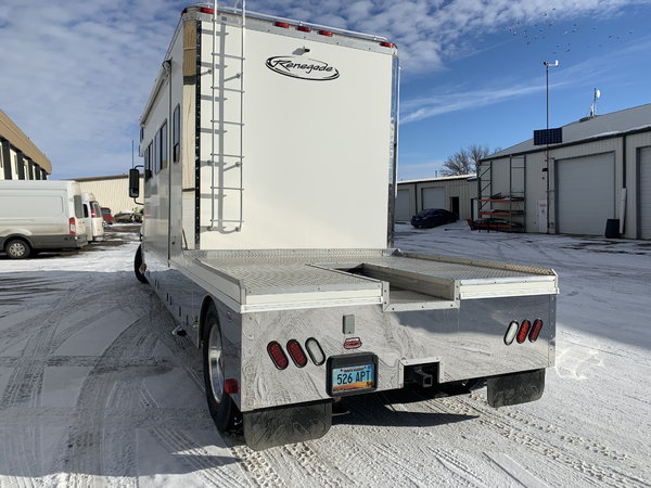 2006 Renegade Columbia Freightliner   for Sale $107,500