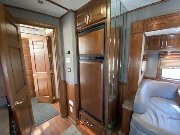 2007 SHOWHAULER  for Sale $159,900